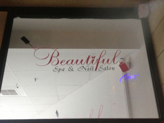 Spa and nail salon Beautiful 3